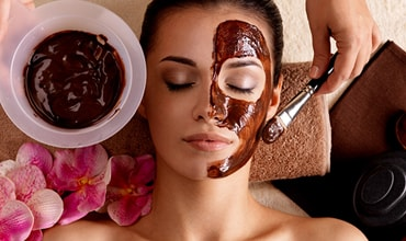 Chemical Peels vary from masks to lightly exfoliate or hydrate, to more intensive treatments that oxygenate tired, dull, and lifeless skin.